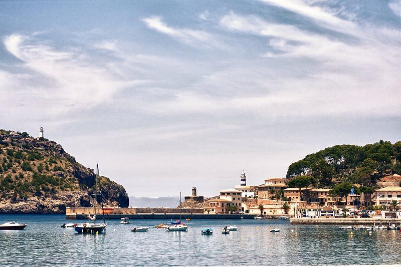 Uno de los pueblos mas bonitos de Mallorca es Port de Sóller 1