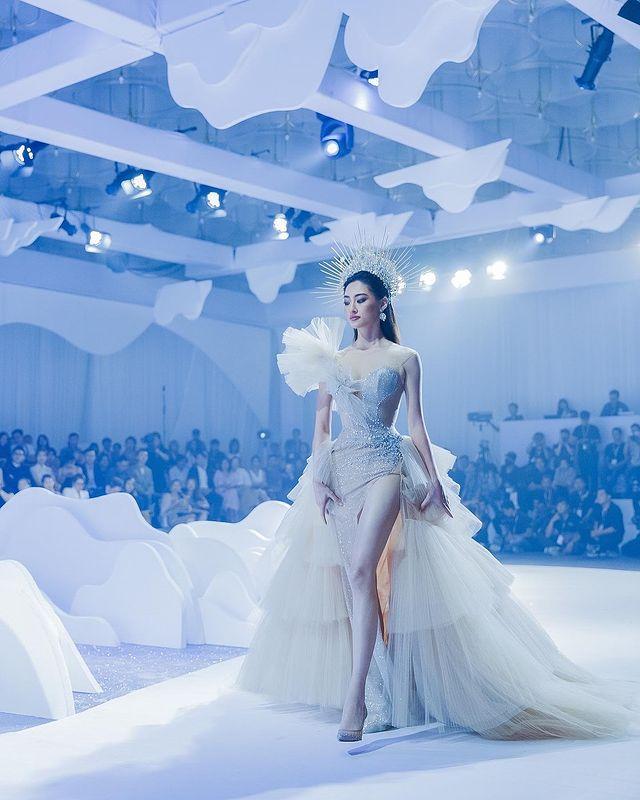 buscando el modelo de belleza actual:Luong Thuy Linh 3