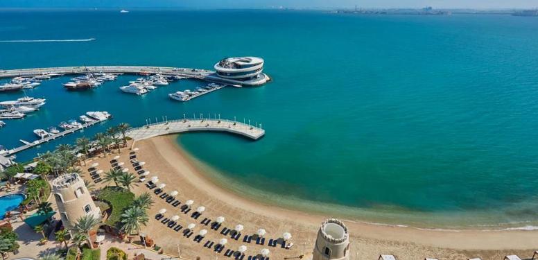 QR Holidays - la playa privada más larga y a minutos del centro de la urbe 3