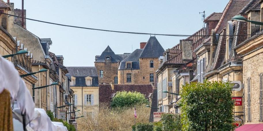 pueblos medievales sur francia: Sarlat La Caneda 6