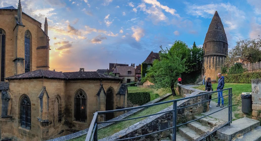 pueblos medievales sur francia: Sarlat La Caneda 3