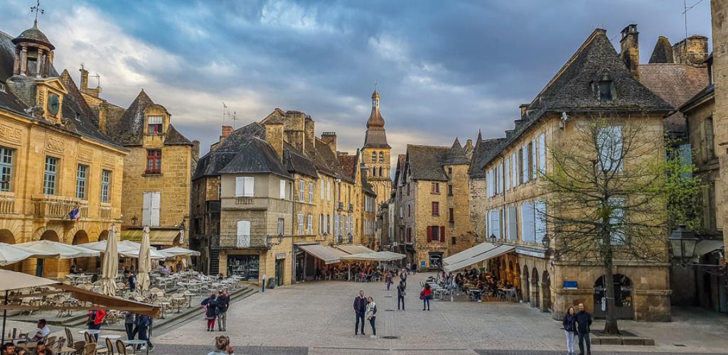 pueblos medievales sur francia: Sarlat La Caneda 1