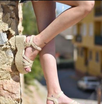 Las sandalias de tacón para triunfar con tus vestidos 1