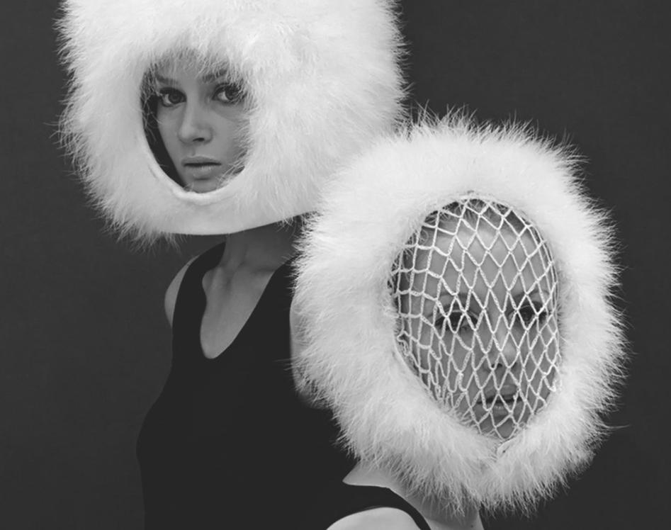 fotos moda futurista años 60:pierre cardin ropa 7