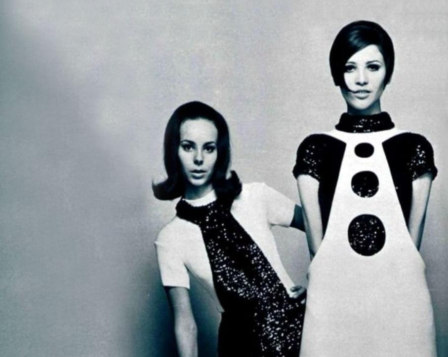 fotos moda futurista años 60:pierre cardin ropa 1