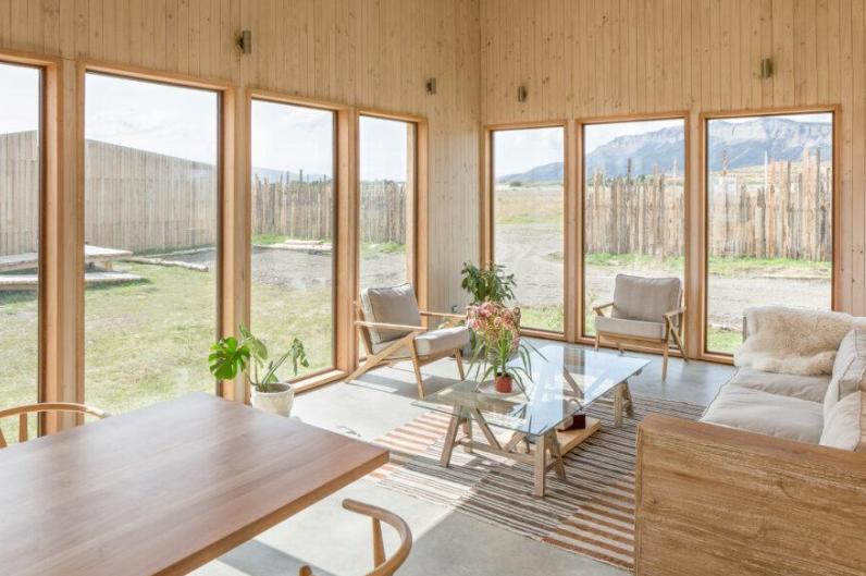 aka patagonia hotel, hecho con materiales de construccion de bajo impacto ambiental 1