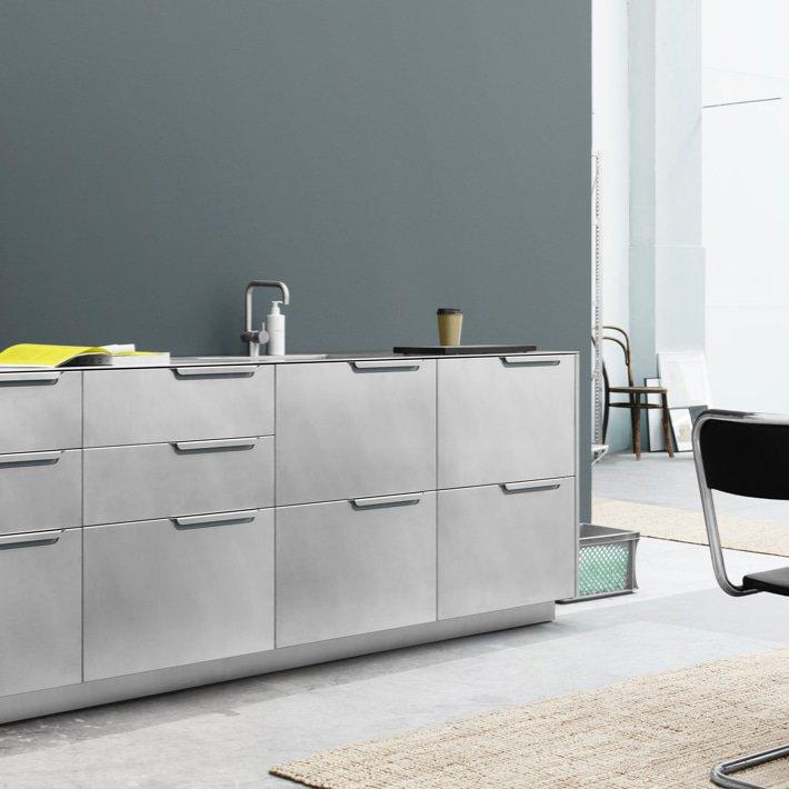 Sigurd Larsen Reform cph kitchen design danish folded steel alu 4 - COCINA REFORMADA DE Sigurd Larsen