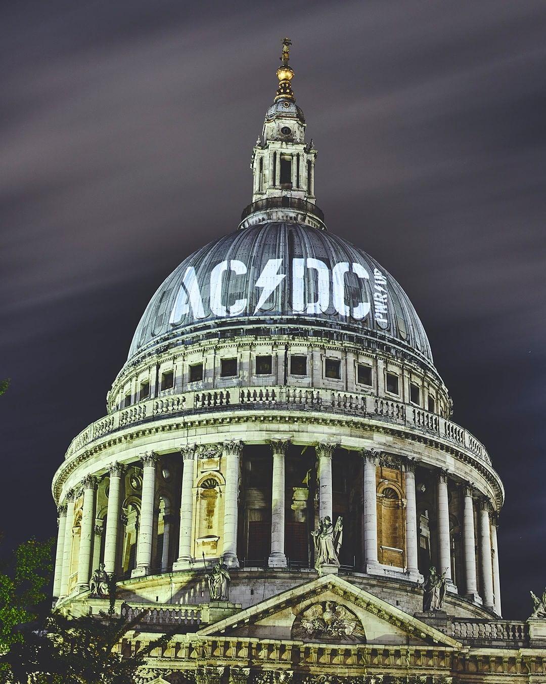 """AC / DC lanza el 13 de noviembre de 2020 """"Power Up"""" 2"""