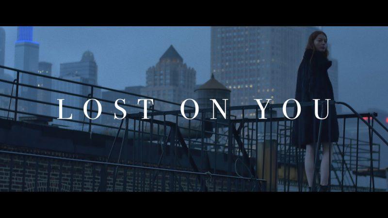 asi fue lost on you de lp una de - Así fue Lost On You, de LP, una de las mejores canciones de 2016