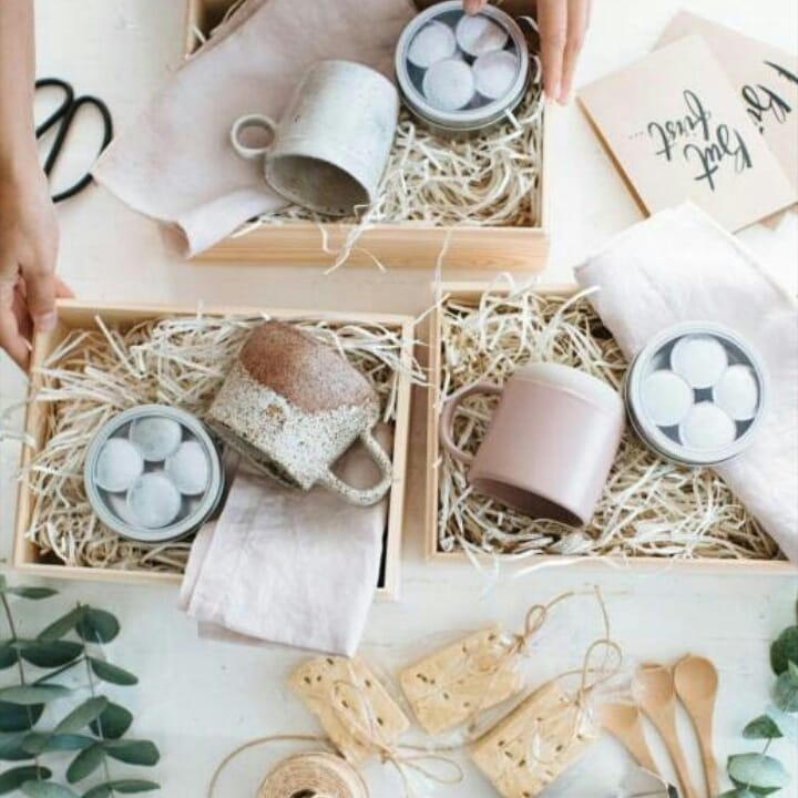 Viruta de madera para empaquetar regalos, ¿por qué?