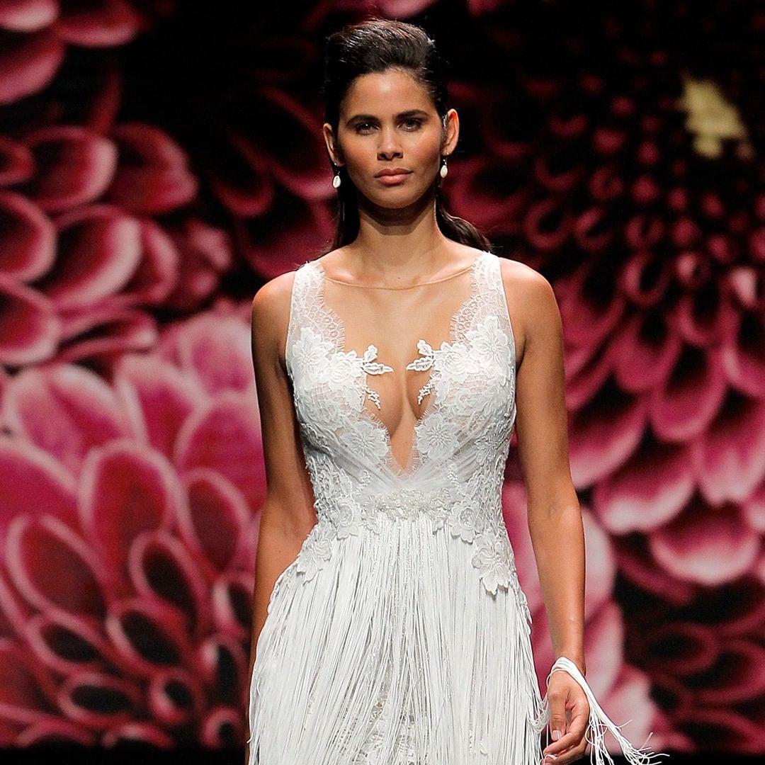 Dedicados a la venta de vestidos de novia:higar novias 2