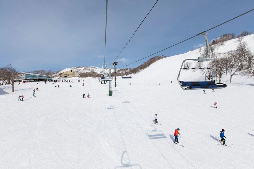 Niseko se convierte en el destino de esquí favorito de los más exigentes del mundo 6