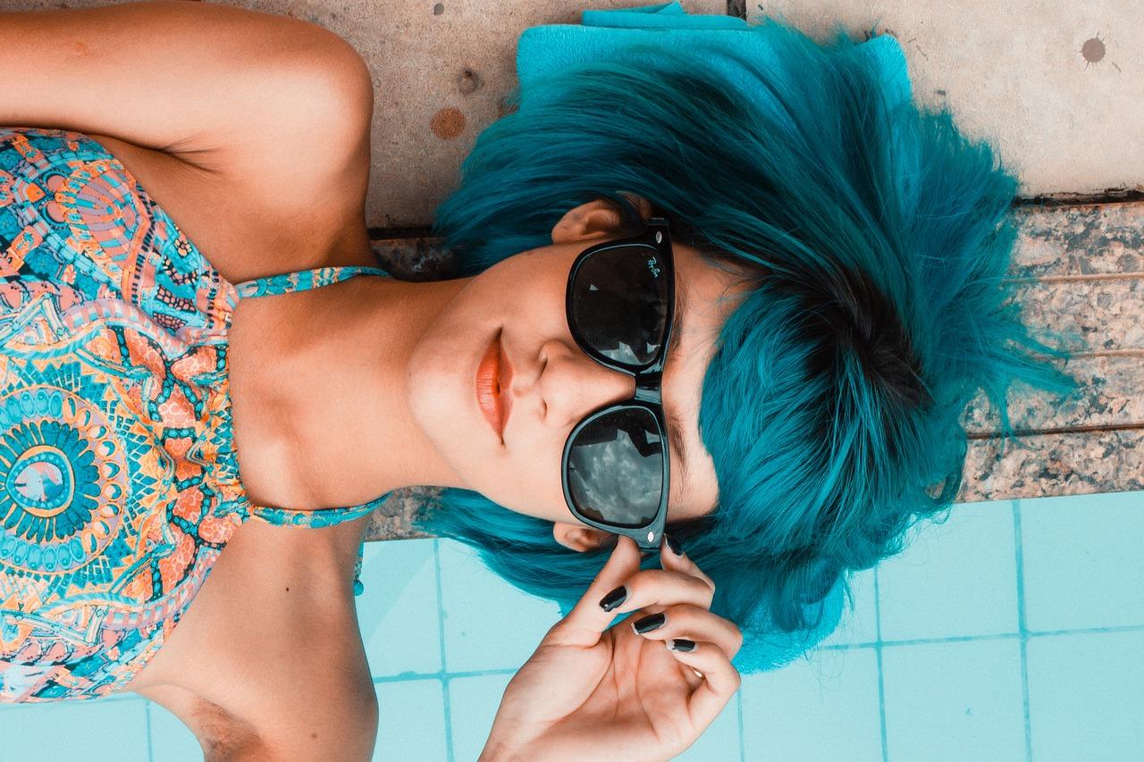 piscinas 1543255139 - juegos de crear avatares y jugar con ellos: mundos virtuales para adultos
